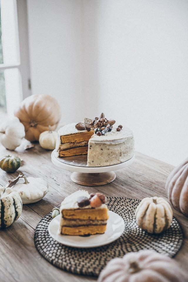pumpkin cream cheese layer cake days of camille. Black Bedroom Furniture Sets. Home Design Ideas